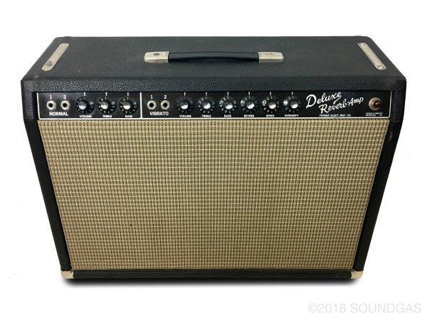 Fender-Deluxe-Reverb-Amp-Cover-2