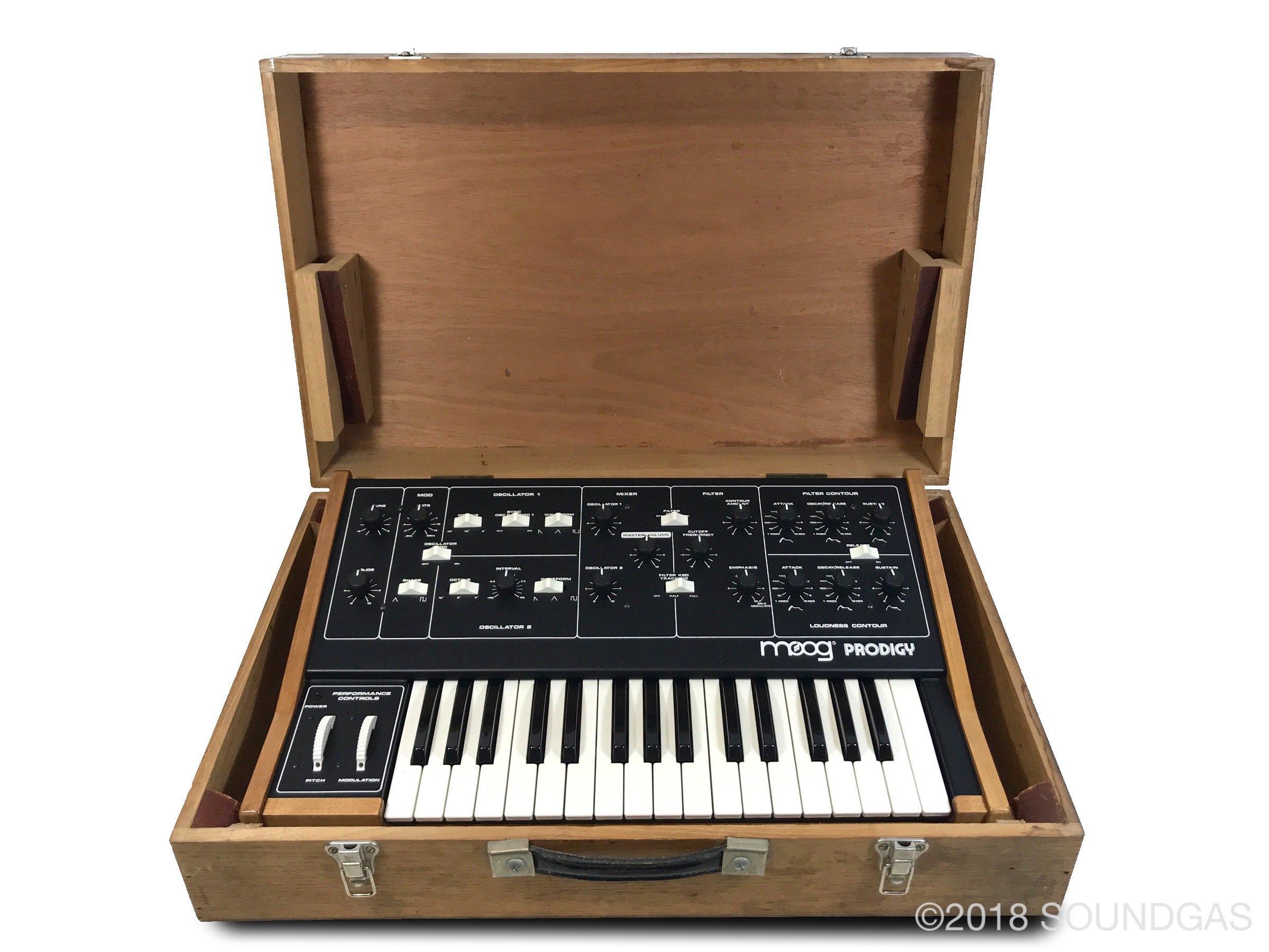 Moog Prodigy 3368X - Cased
