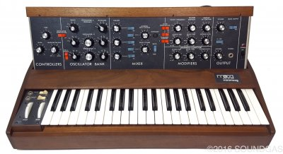 Moog Minimoog Model D *Mint*