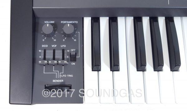 Roland Juno-106