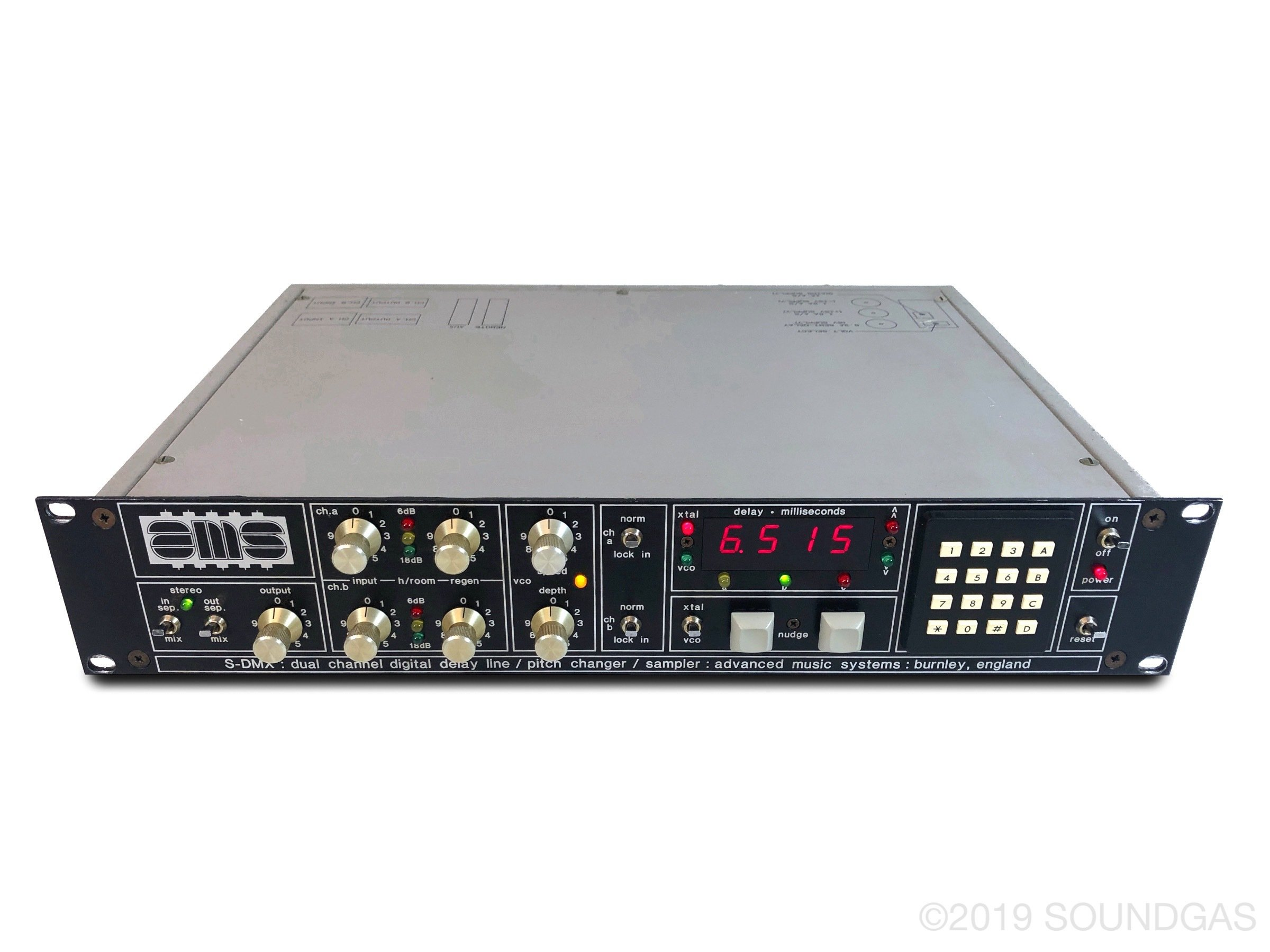 AMS-S-DMX-Digital-Delay-Line-Pitch-Changer-Sampler-Cover-2