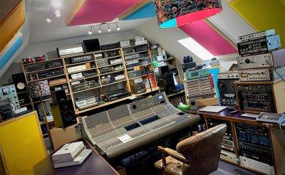 Soundgas-Studio-Calrec-Console-e