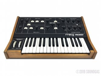 Moog-Prodigy-336BX-Analog-Synth-SN341BX-Cover-2