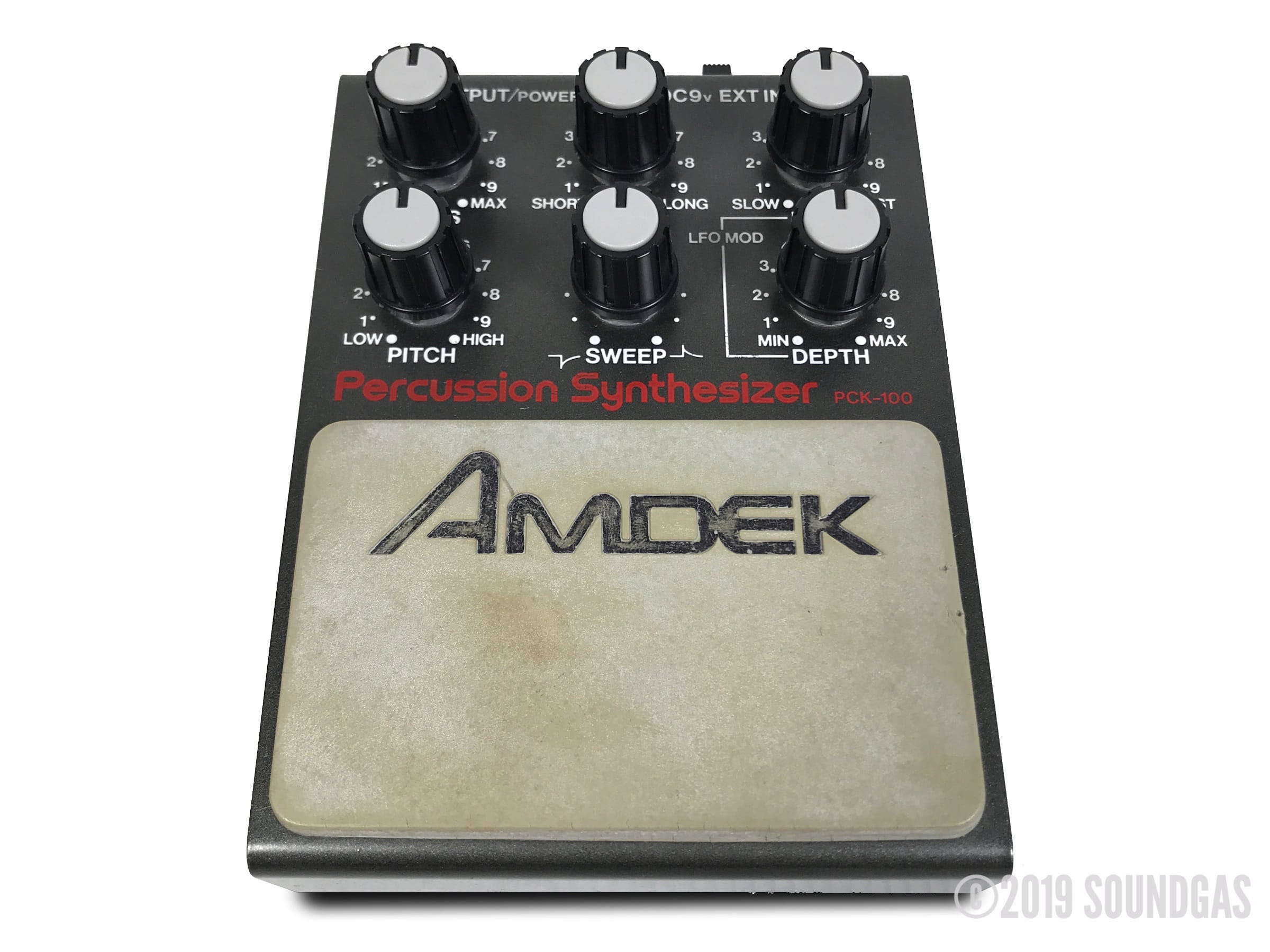 Amdek-PCK-100-Percussion-Synthesizer-Cover-2