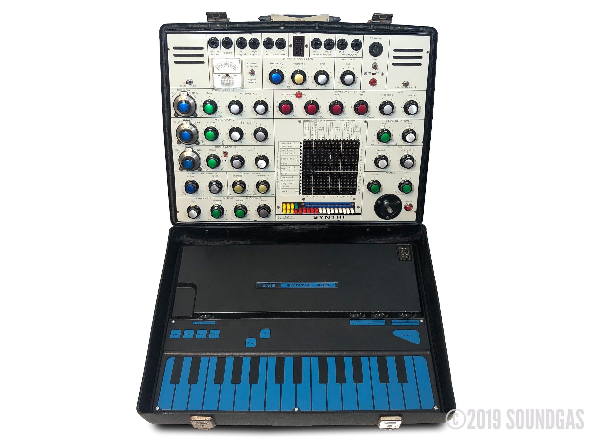 EMS-Synthi-AKS-Analog-Synthesizer-SN4741-Cover-2