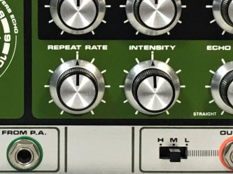 Roland-RE-201-Space-Echo-close-up