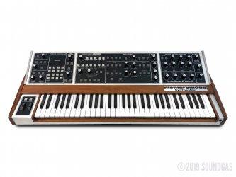 Moog-MemoryMoog-Plus-Polyphonic-Synth-SN2796-Cover-2