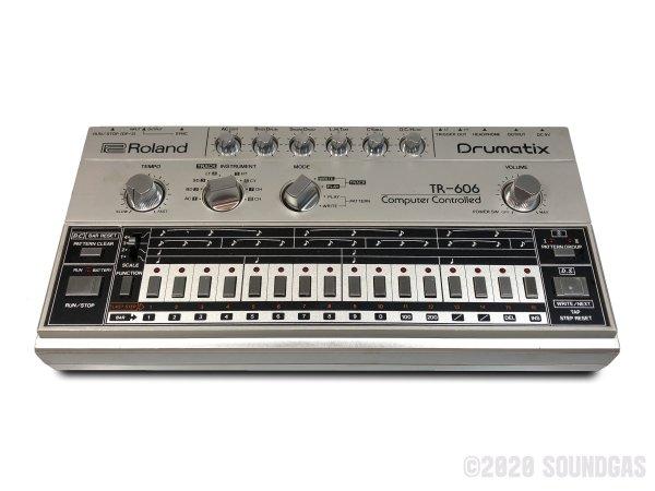 Roland-TR-606-Drumatix-170220-Cover-2