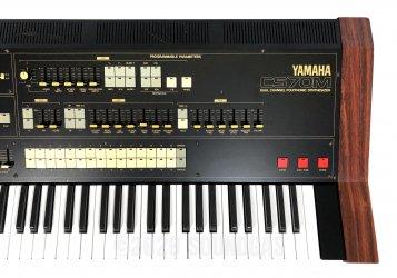 Yamaha CS-70M with Midi
