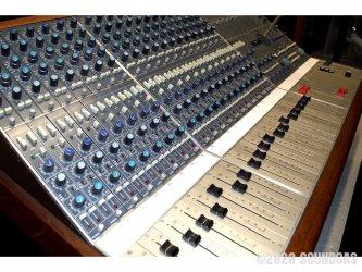 Neve-5305-Mixing-Desk-Console-Studio-170320-Cover-2