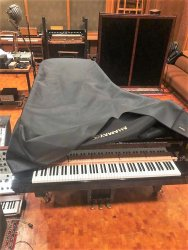 Nils-Frahm-Gear-Sale-2