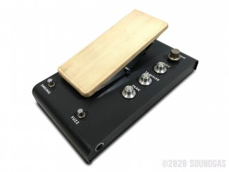 Keio-F-1-Synthesizer-Traveler-SN740111-Cover-2