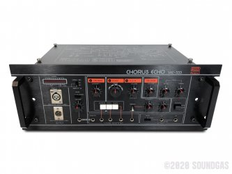 Roland-SRE-555-Chorus-Echo-SN142452-Cover-2