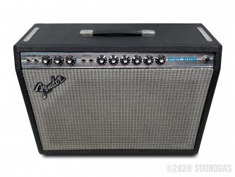 Fender-Deluxe-Reverb-guitar-Amplifier-120620-Cover-2