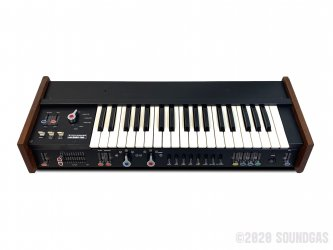 Korg-MiniKorg-700S-Synthesizer-SN50019-Cover-2