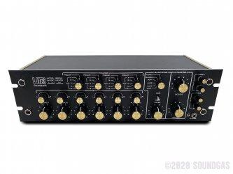 Urei-Soundcraft Model 1620LE Mixer & Vestax Isolator