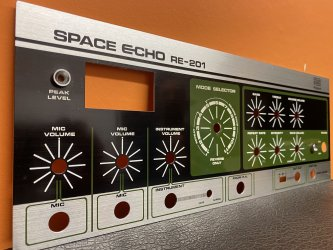Roland RE-201 SPACE ECHO Front panel 2