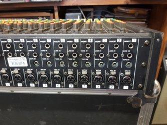 Tascam M-216