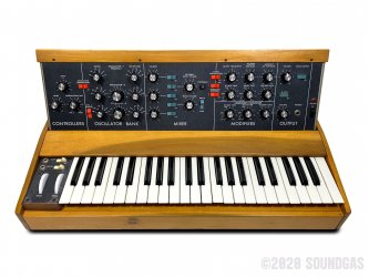 Moog-Minimoog-Model-D-SN3725-Cover-2