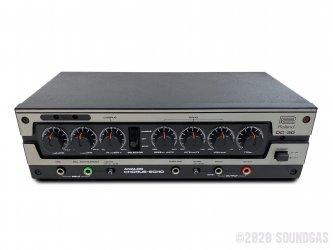 Roland-DC-30-Analog-Chorus-Echo-SN186174-Cover-2