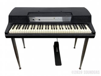Wurlitzer-Model-200-Electric-Piano-SN72352L-Cover-2