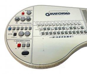 Suzuki Omnichord OM84