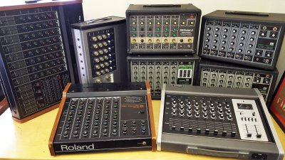 Vintage-mixers-from-Roland-Yamaha-scaled