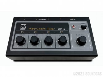 Boss-KM-4-Instrument-Mixer-SN642166-Cover-2