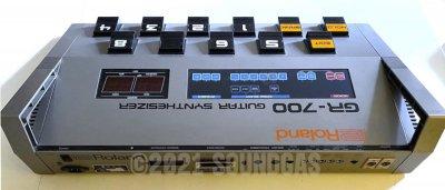 Roland GR-707 & GR-700