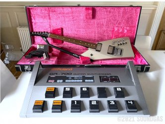 Roland-GR-700-Guitar-Synthesizer-GR707-Guitar-100321-Cover-2