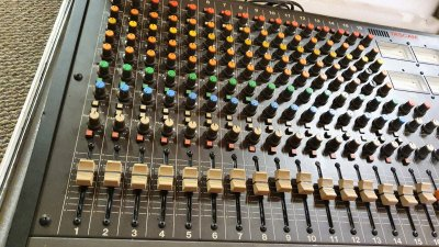 Tascam M-216 + Direct Out Mod