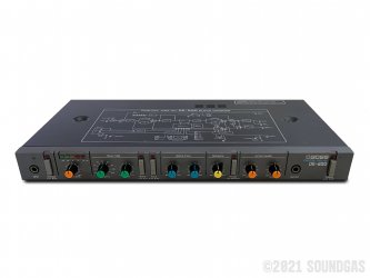 Boss-DE-200-Digital-Delay-SN360338-Cover-2