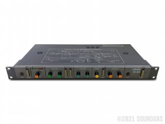 Boss-DE-200-Digital-Delay-SN385286-Cover-2