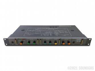 Boss-DE-200-Digital-Delay-SN385286-Cover-2