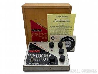 Electro-Harmonix-Deluxe-Memory-Man-060421-Cover-2