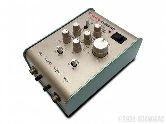 Vestax-DDG-1M-Digital-Delay-Gear-SN040045-Cover-2