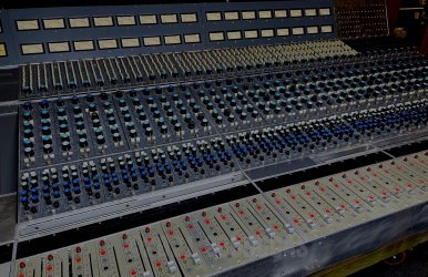 CBS-Sony-Neve-8078-40-Channel-Console-150621-6