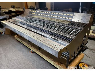 CBS-Sony-Neve-8078-40-Channel-Console-150621-Cover-2