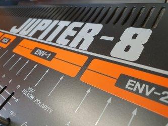 Roland-Jupiter-8-5