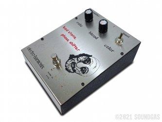 Electro-Harmonix-Bad-Stone-Phase-Shifter-070921-Cover-2